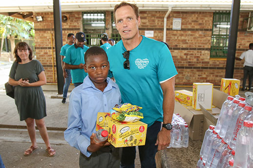 SARLA AND FNB TAKE UP A JOINT CHALLENGE FOR CHARITY